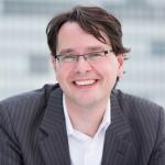 """THOMAS KNÜWER (43) ist Gründer der digitalen Strategieberatung """"kpunktnull"""" und Autor des Medienblogs """"Indiskretion Ehrensache""""."""