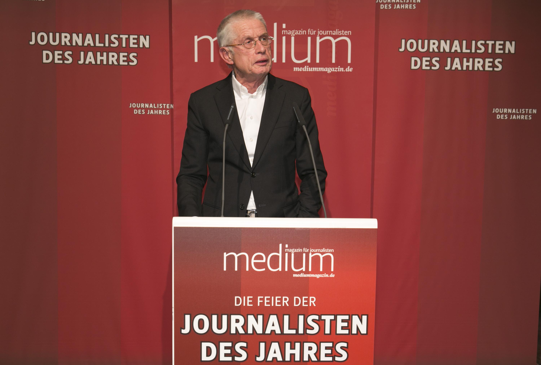 """DEU, Berlin, 03.02.2014, medium magazin, Feier und Preisverleihung an die """"Journalisten des Jahres 2013"""", Cafe im Zeughaus im Deutschen Historischen Museum, W. Kaden (Laudator),   [ (c) Wolfgang Borrs, Wiener Str. 11, D-10999 B e r l i n, Mobile +49.171.5332491, www.borrs.de, mail@borrs.de; ]"""