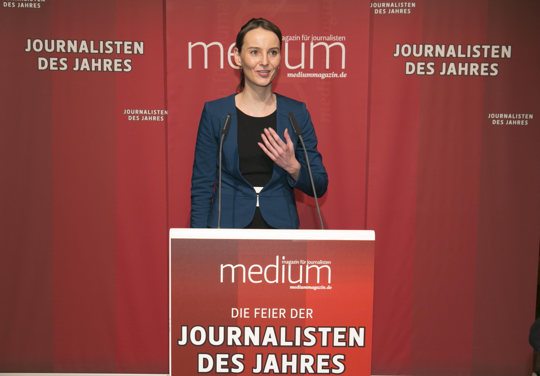 """DEU, Berlin, 03.02.2014, medium magazin, Feier und Preisverleihung an die """"Journalisten des Jahres 2013"""", Cafe im Zeughaus im Deutschen Historischen Museum, Melanie Bergermann (Wirtschaftswoche, Wirtschaft 1.),   [ (c) Wolfgang Borrs, Wiener Str. 11, D-10999 B e r l i n, Mobile +49.171.5332491, www.borrs.de, mail@borrs.de; ]"""