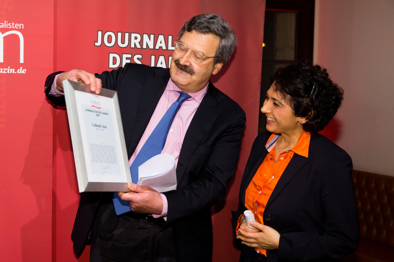 """DEU, Berlin, 23.02.2015, medium magazin, Feier und Preisverleihung an die """"Journalisten des Jahres 2014"""", Cafe im Zeughaus im Deutschen Historischen Museum, v.l.: N. Brender (Laudator) und Golineh Atai (Journalistin des Jahres), [ (c) Wolfgang Borrs, Wiener Str. 11, D-10999 B e r l i n, Mobile +49.171.5332491, www.borrs.de, mail@borrs.de; ]"""